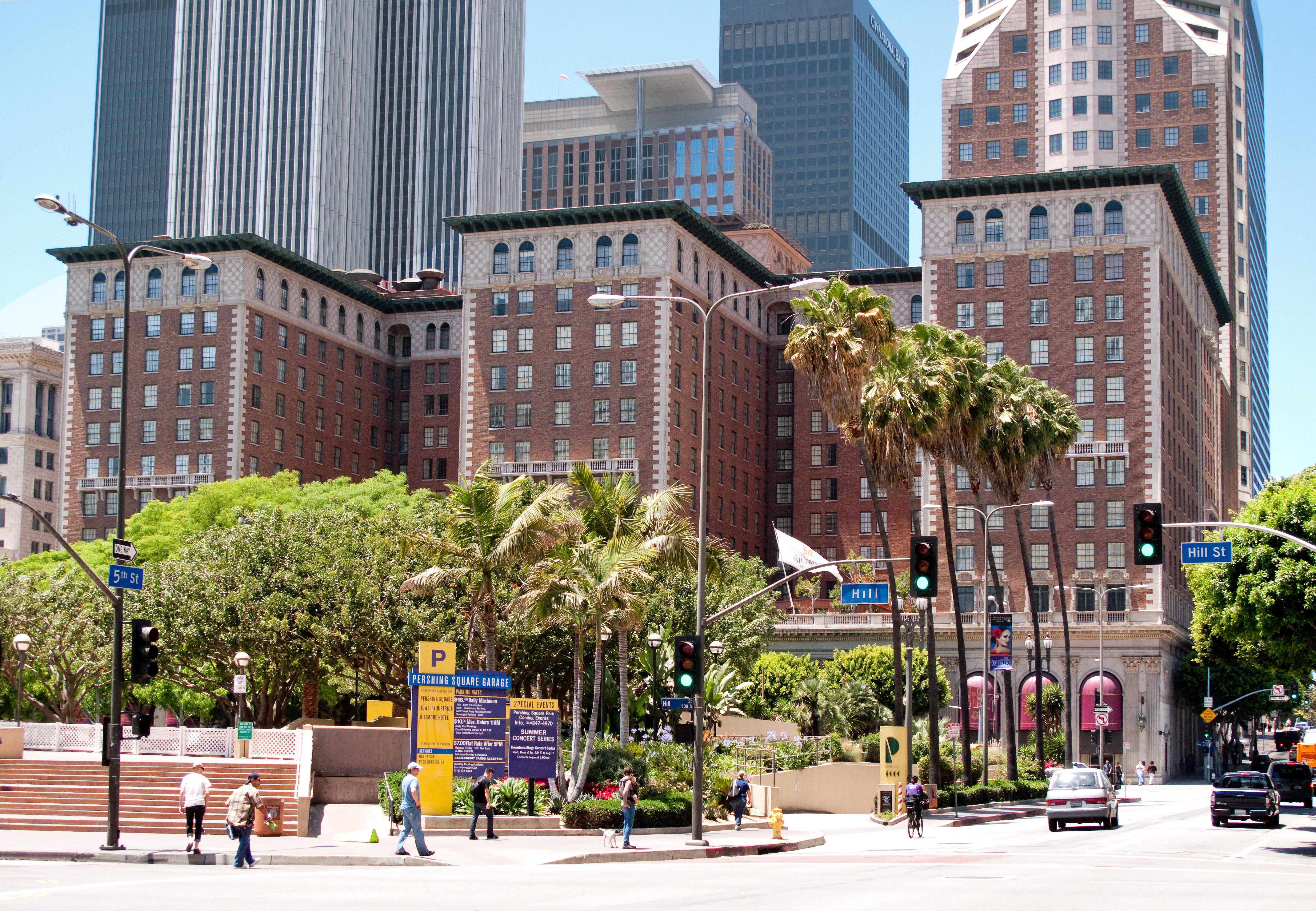 Biltmore Hotel And Suites To City Beach Santa Clara