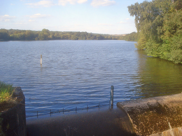 Moorgreen Reservoir overflow - geograph.org.uk - 1579733