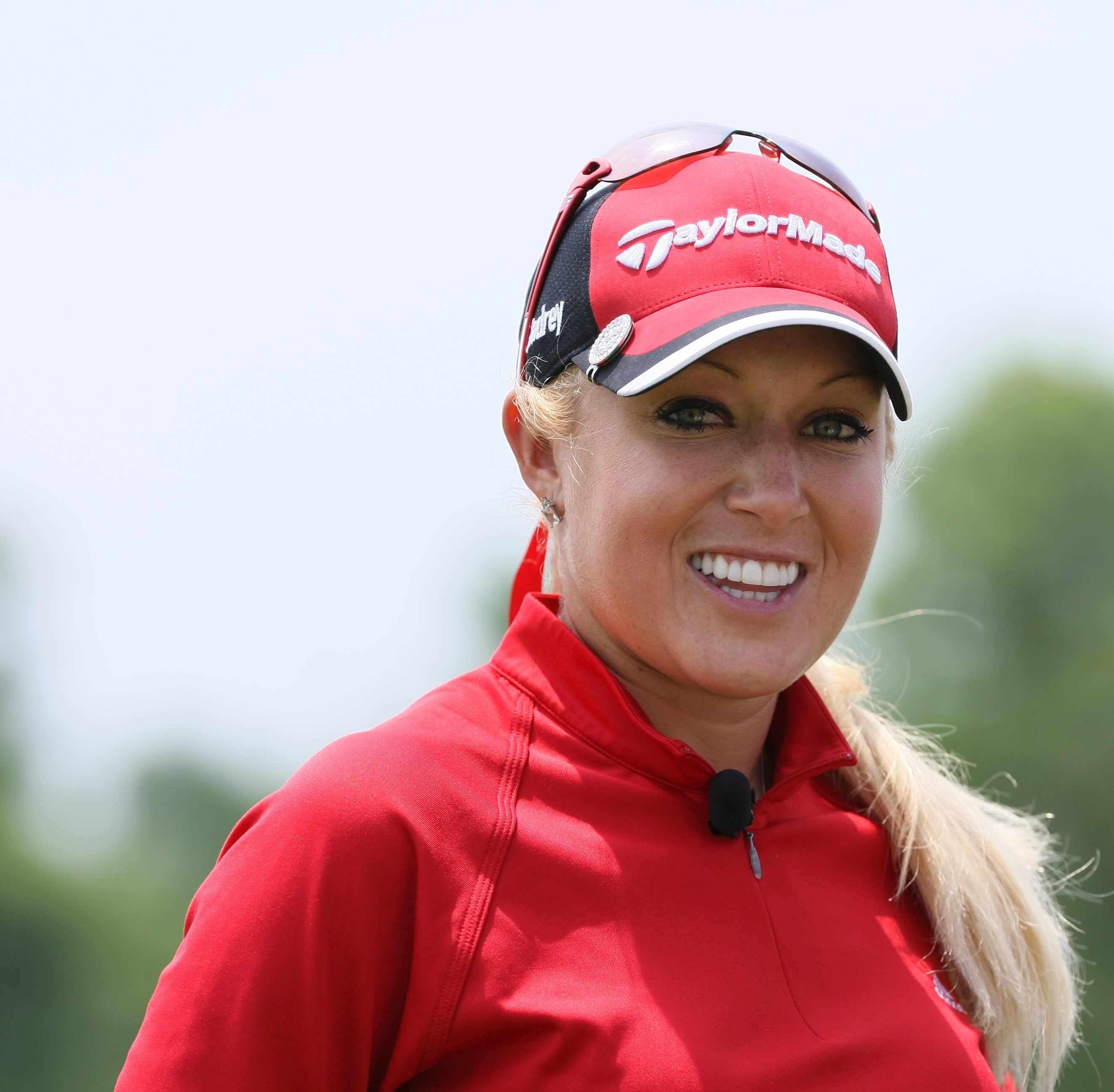 The 34-year old daughter of father (?) and mother(?), 175 cm tall Natalie Gulbis in 2017 photo