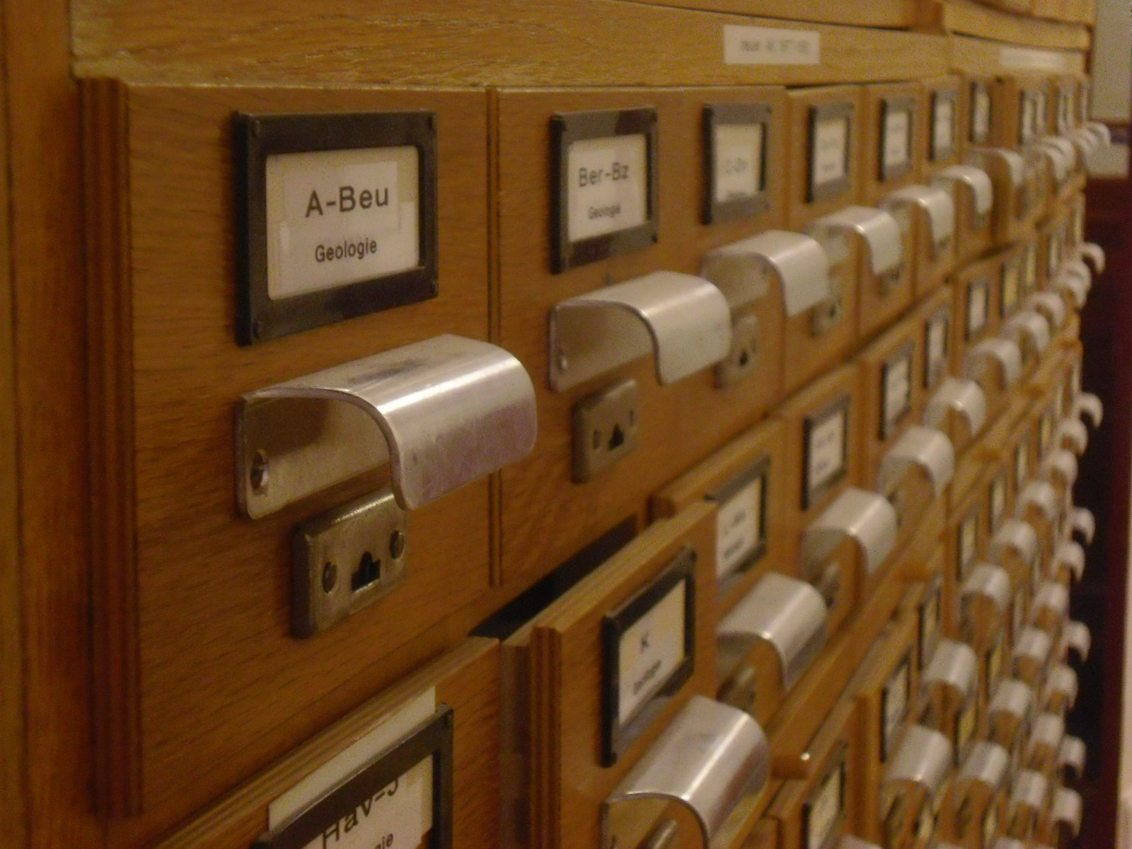 File Old Index Card Cabinet Jpg