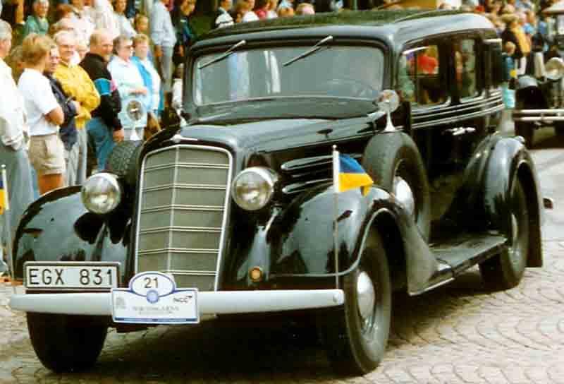 Oldsmobile l serie wikipedia for 1932 oldsmobile 4 door