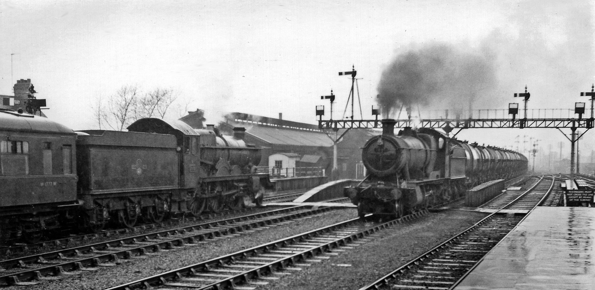 File Oxford Station North End With Down Express And Up
