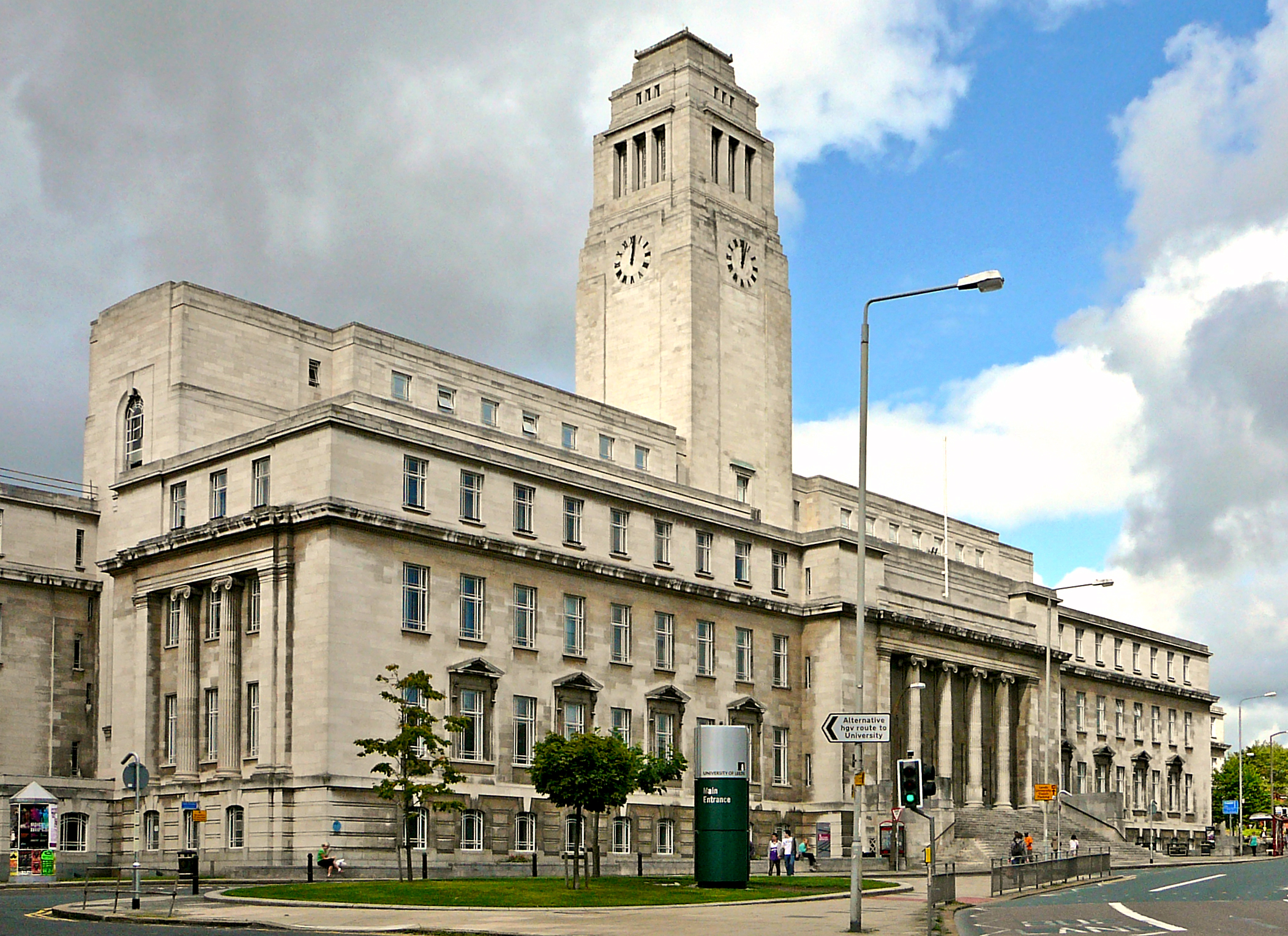 English: Parkinson Building, Leeds University,...