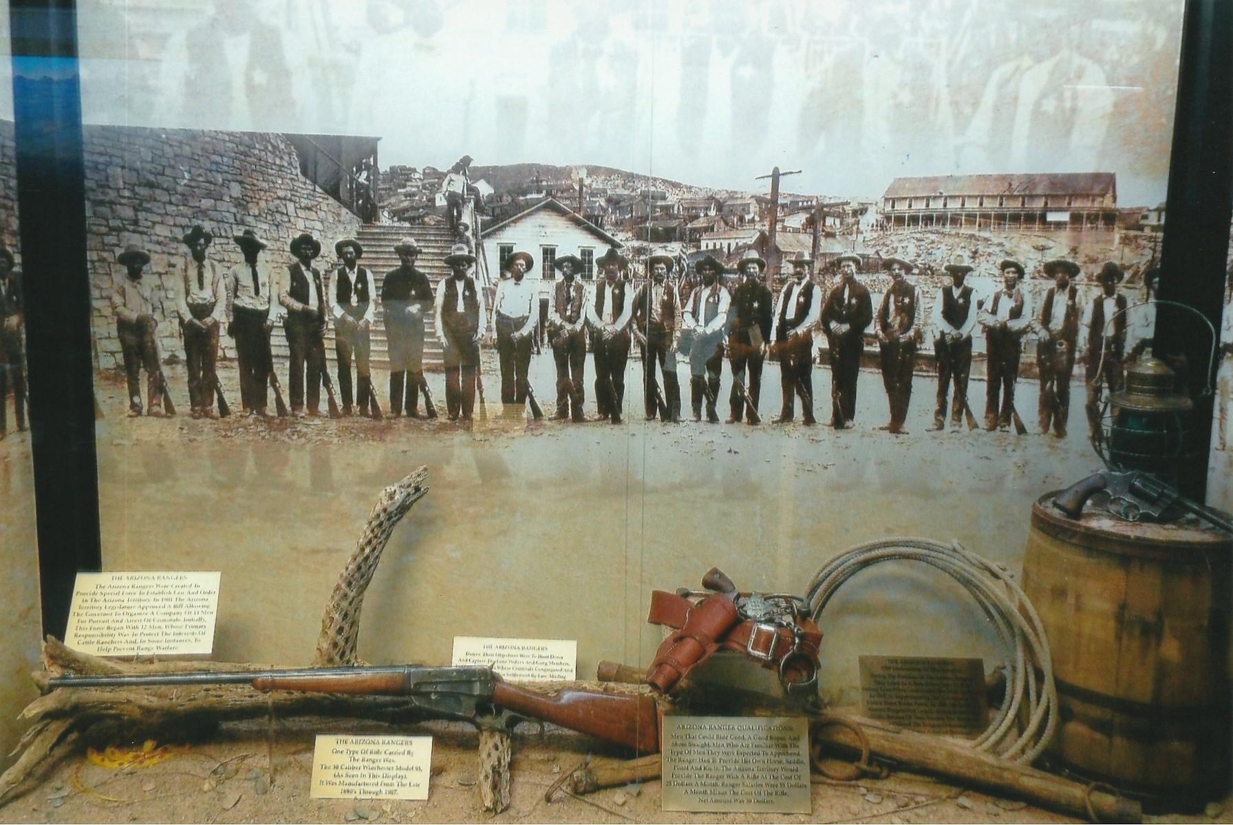 File:Phoenix-Phoenix Police Museum-exhibit-3 jpg - Wikimedia