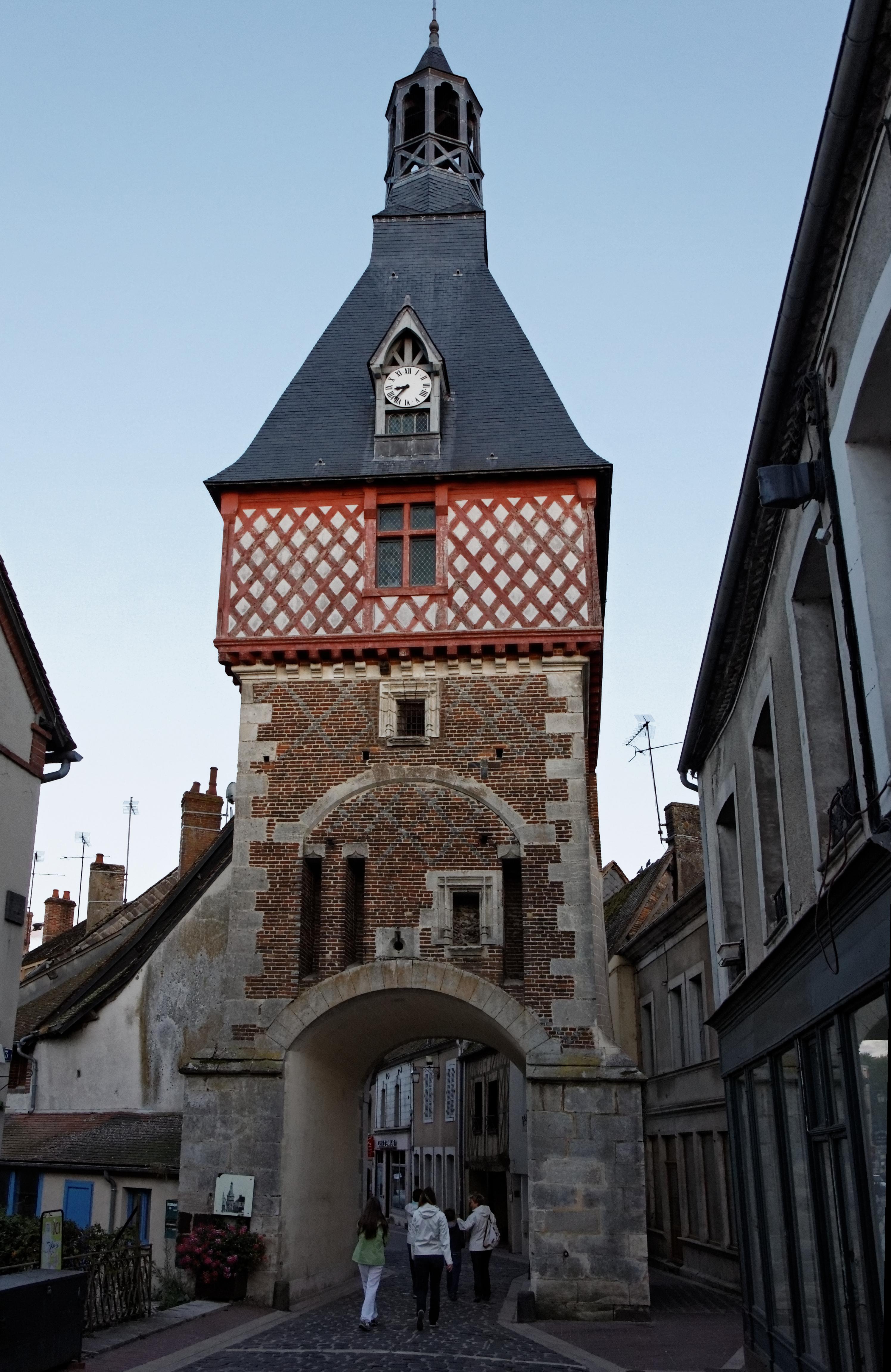 Saint-Fargeau (Yonne)