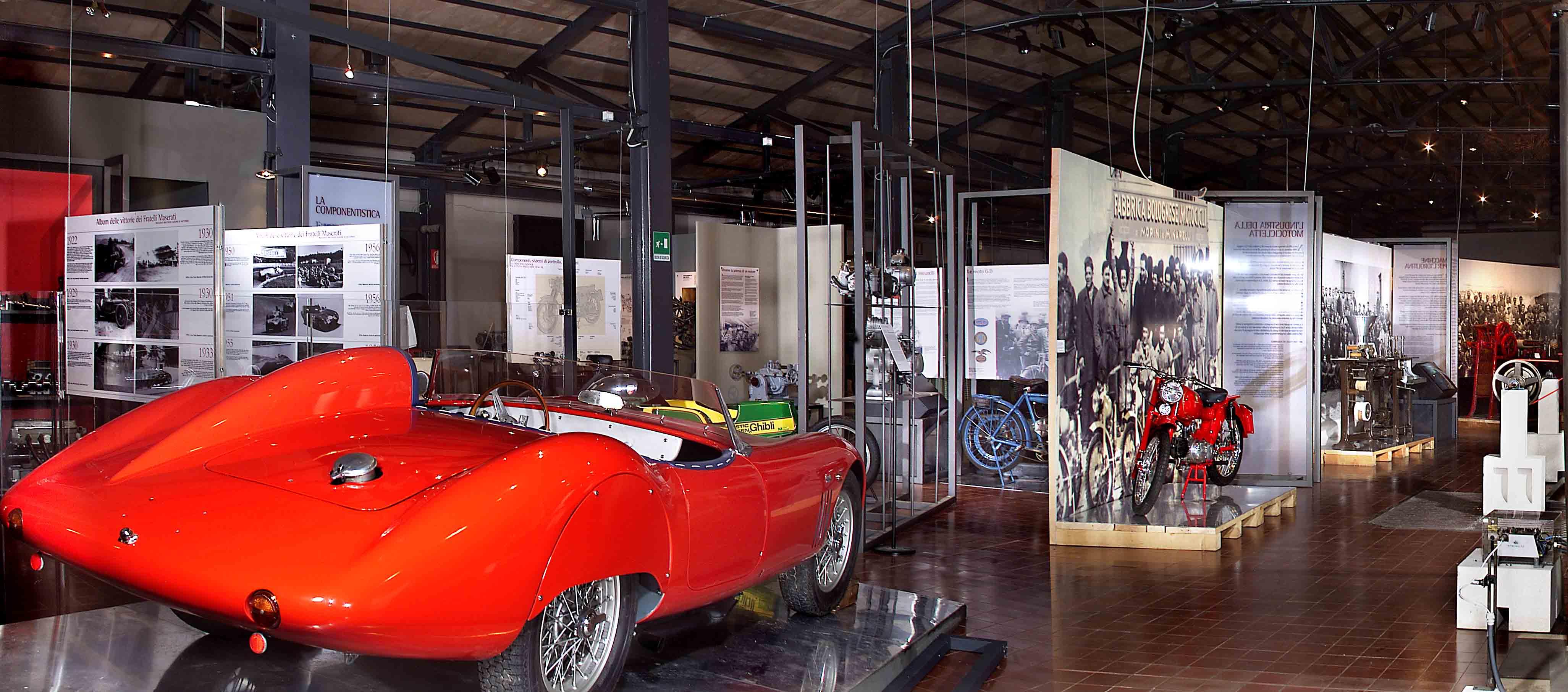 Mostra per il Centenario di Maserati al Museo Enzo Ferrari pt.1 Auto di lusso
