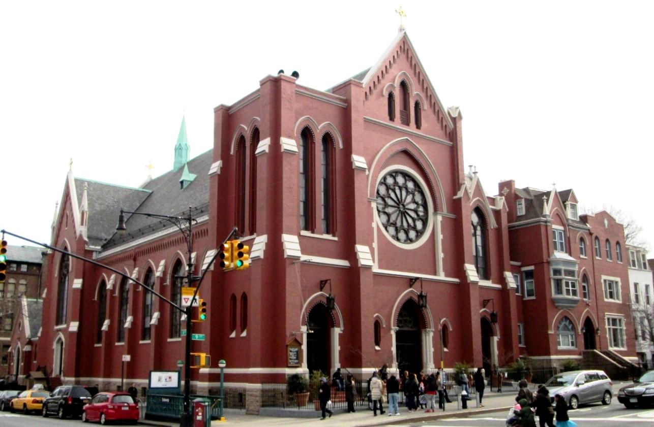 File:St  Thomas Aquinas RC Church Brooklyn jpg - Wikimedia