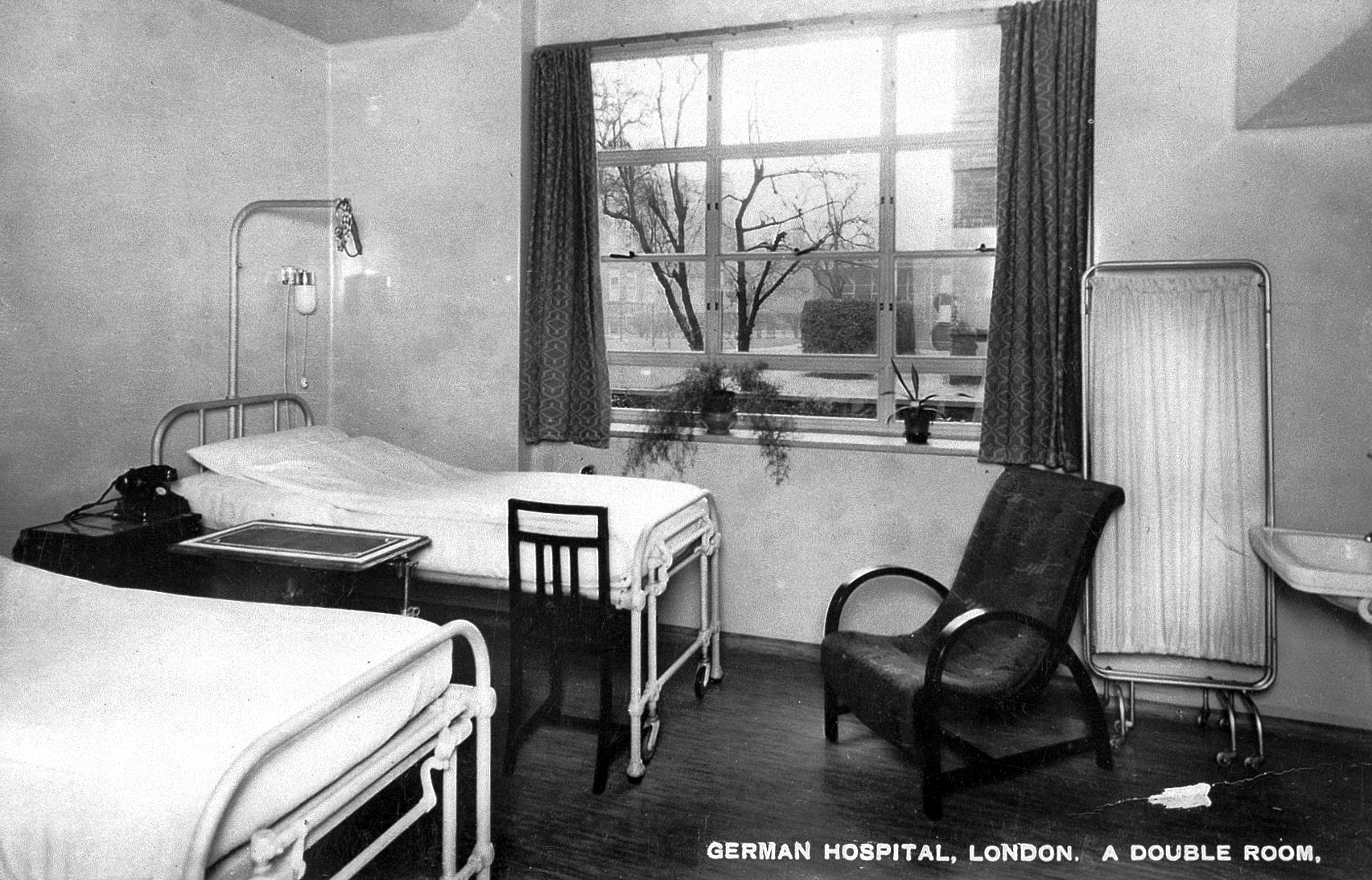 File The German Hospital Dalston A Room For Two Patients