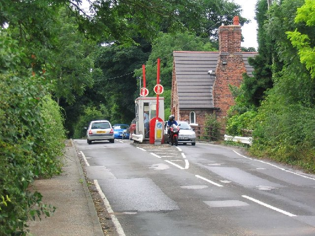 Pot Holes Toll_Booth_-_geograph.org.uk_-_27250
