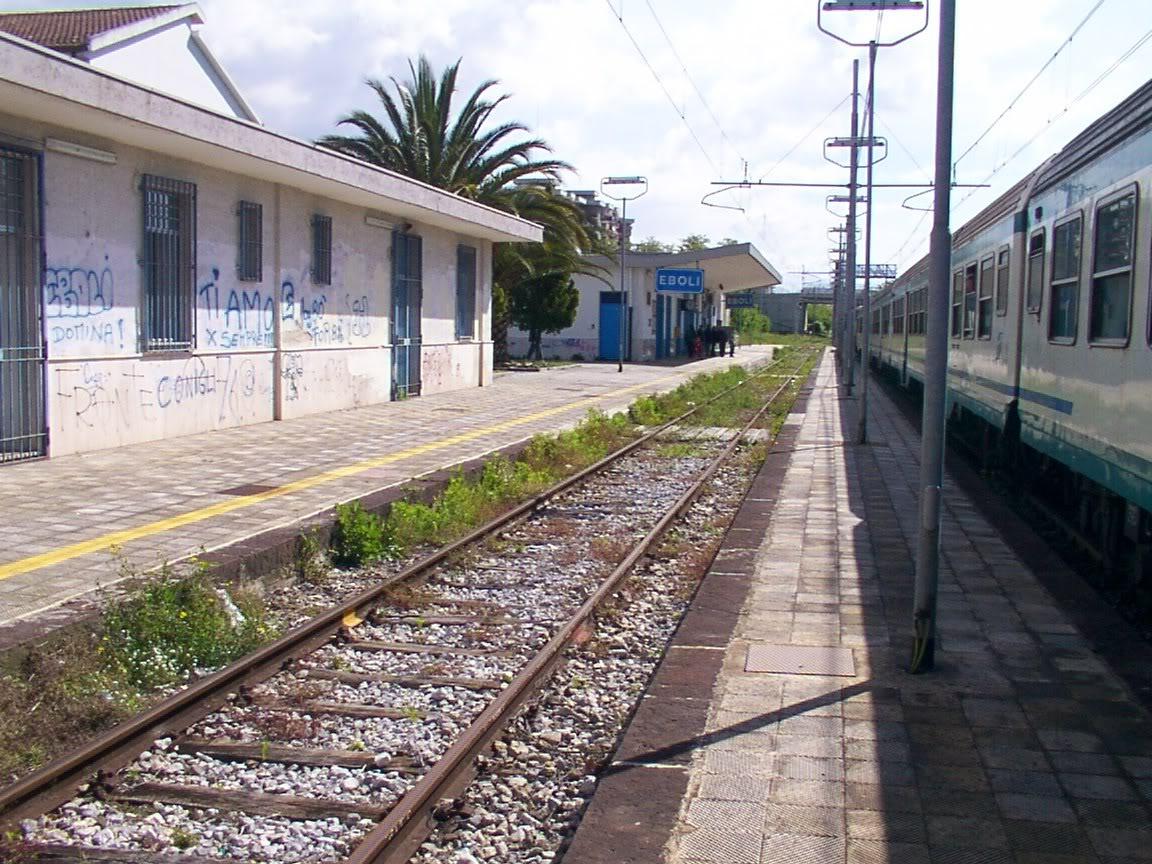 Train station Eboli here arrive Primo Levi a 1936.jpg