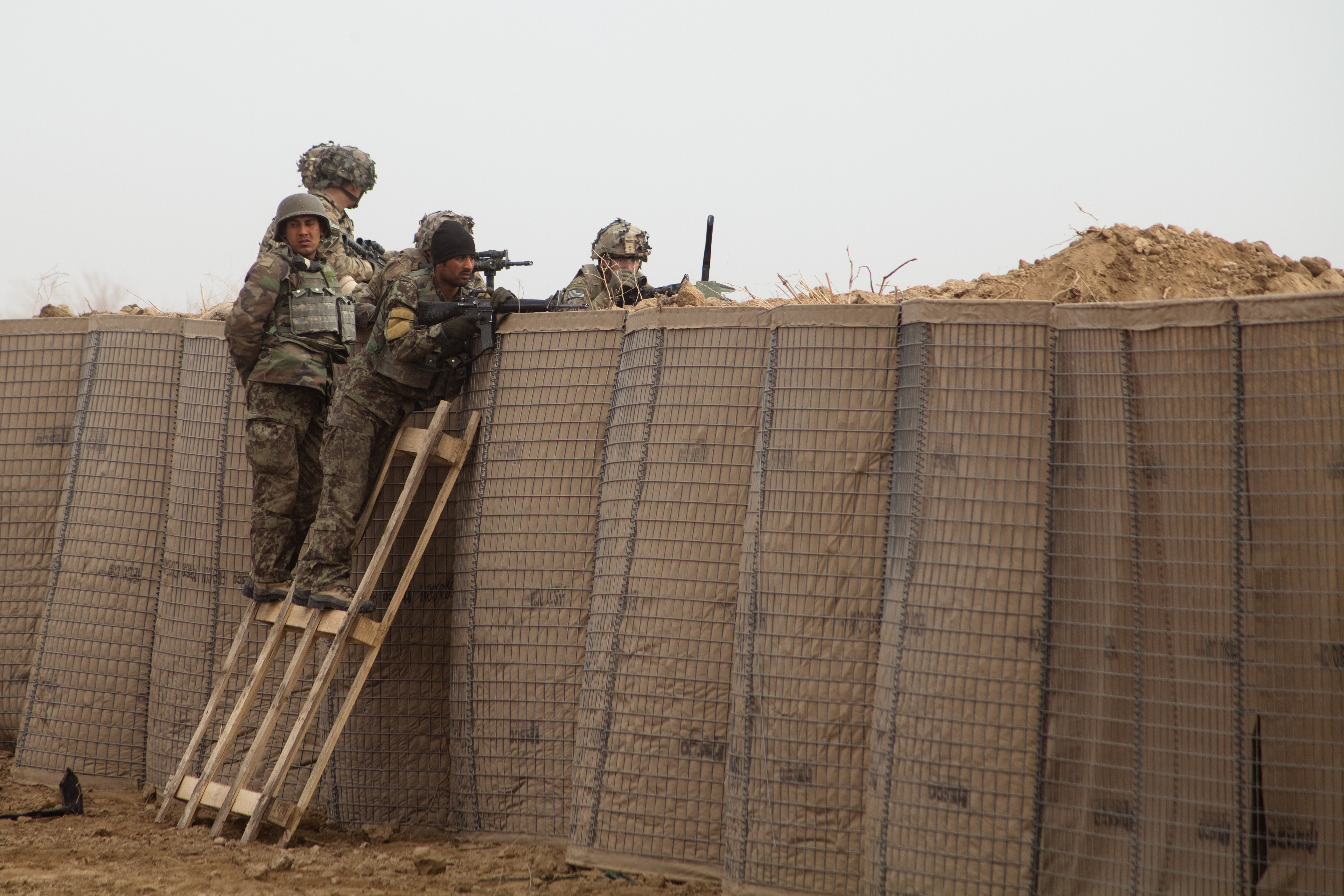 File U S Soldiers And Afghan Soldiers Provide Security