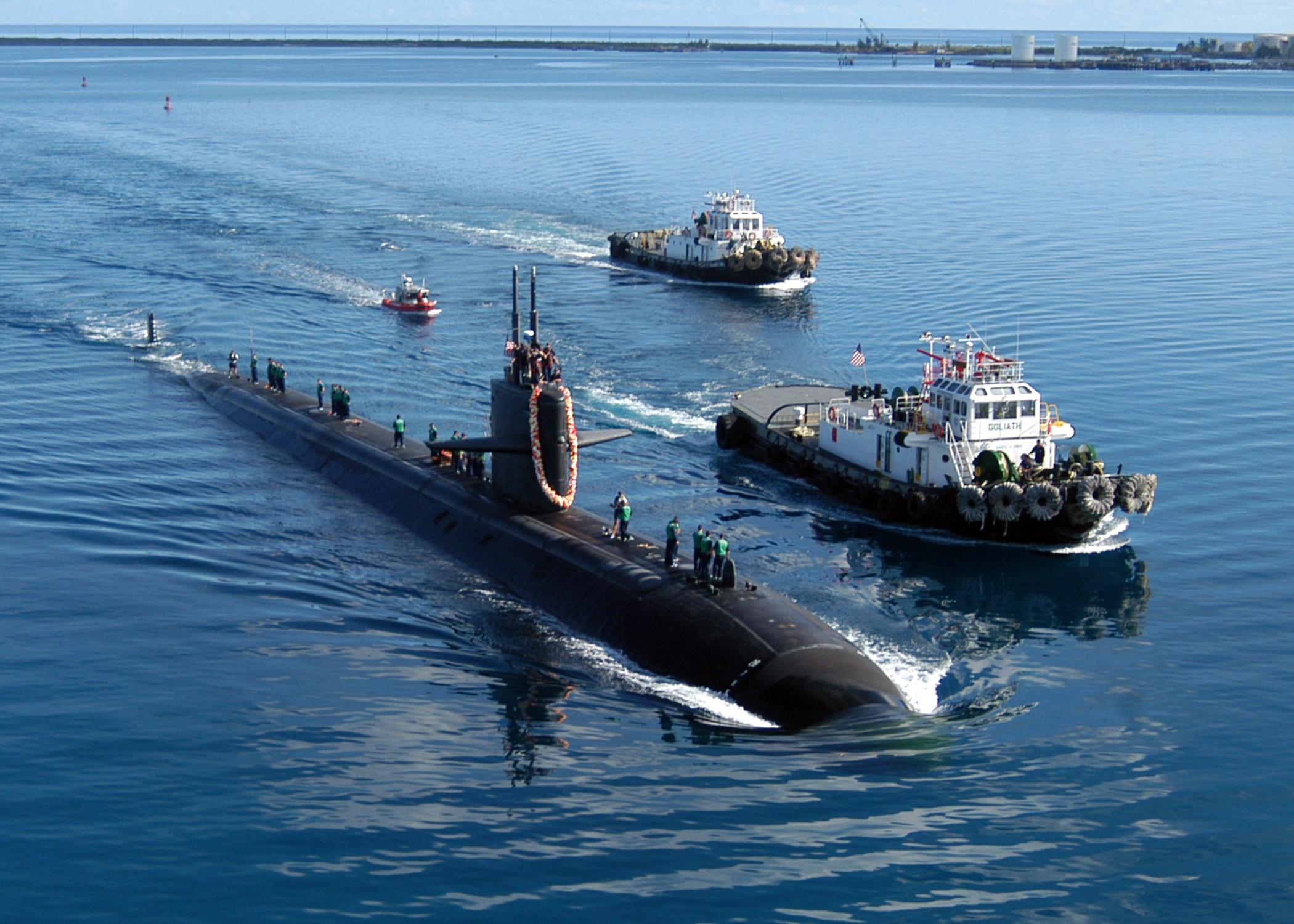 USS San Francisco (SSN-711), ein Boot der Los-Angeles-Klasse, in Apra Harbor auf Guam