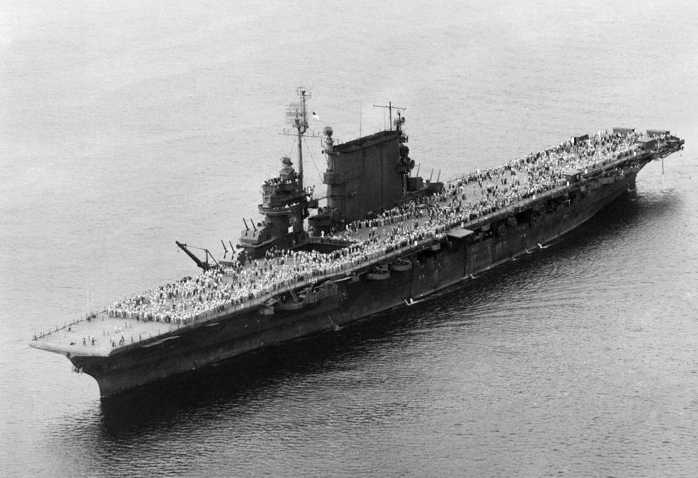 USS_Saratoga_(CV-3)_during_last_Magic_Ca