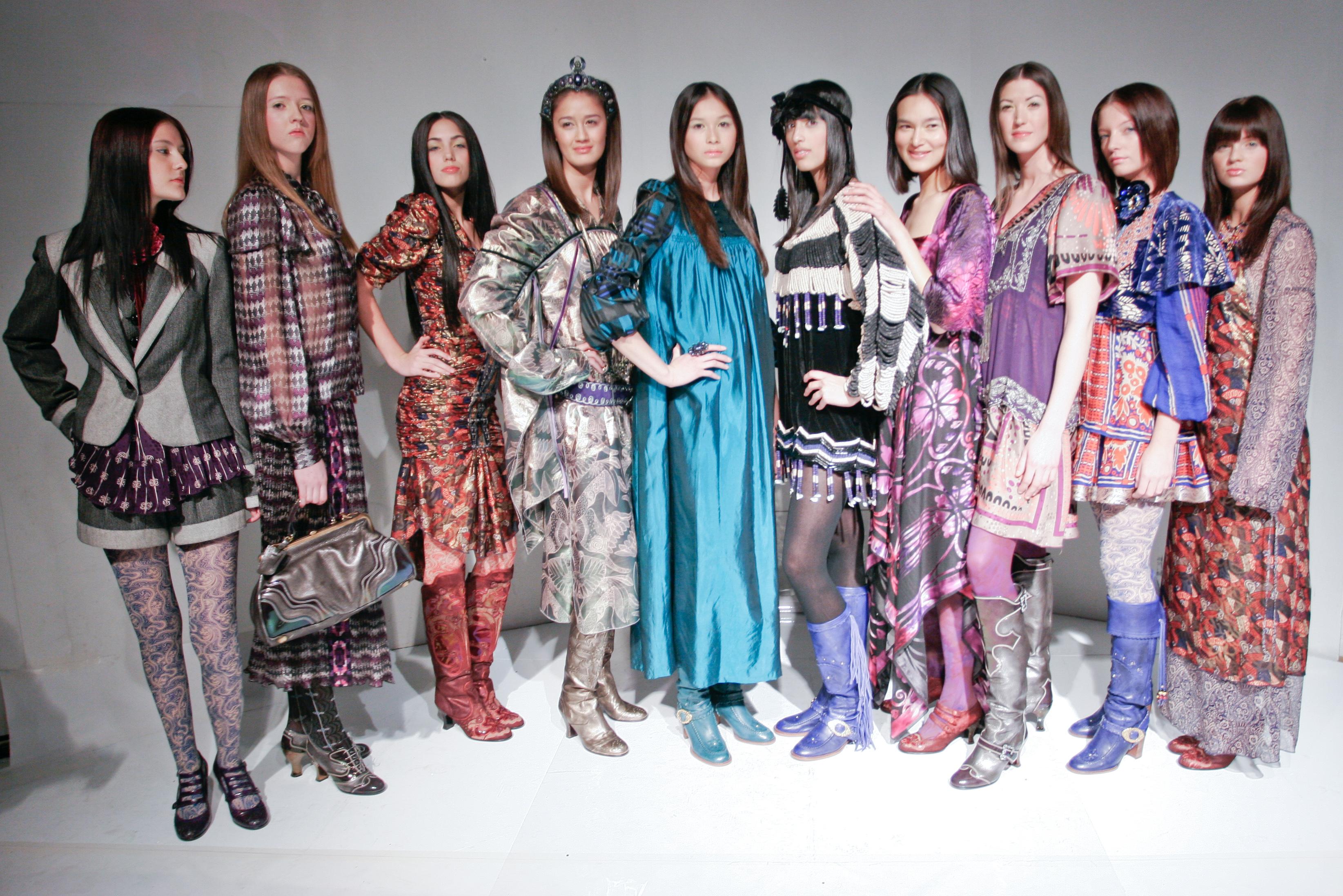 Http Www Fashion Berlin Eu De Synthetik Elastische Kleider Hosenqualitaet