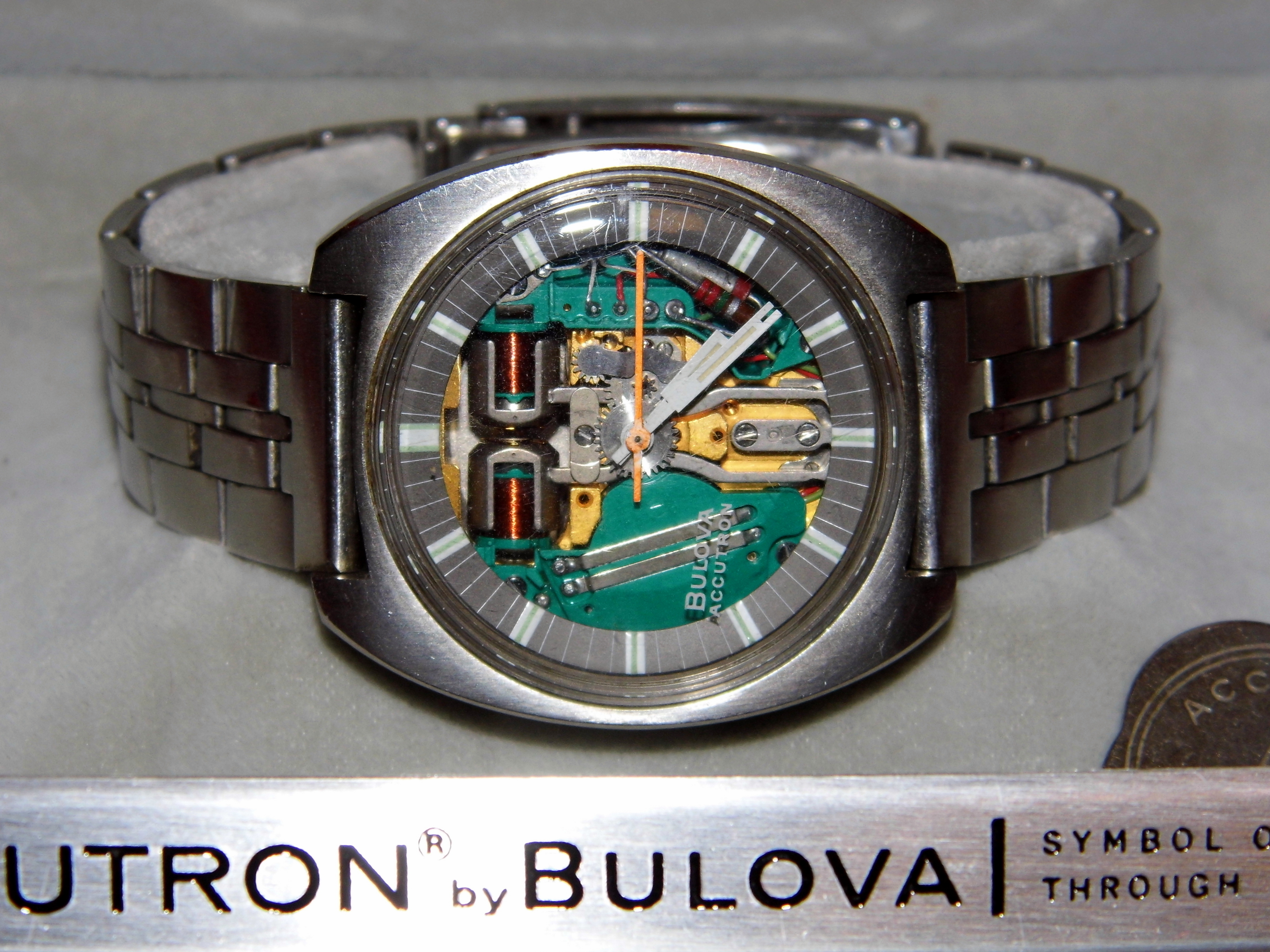 file vintage bulova accutron spaceview men s watch in original box