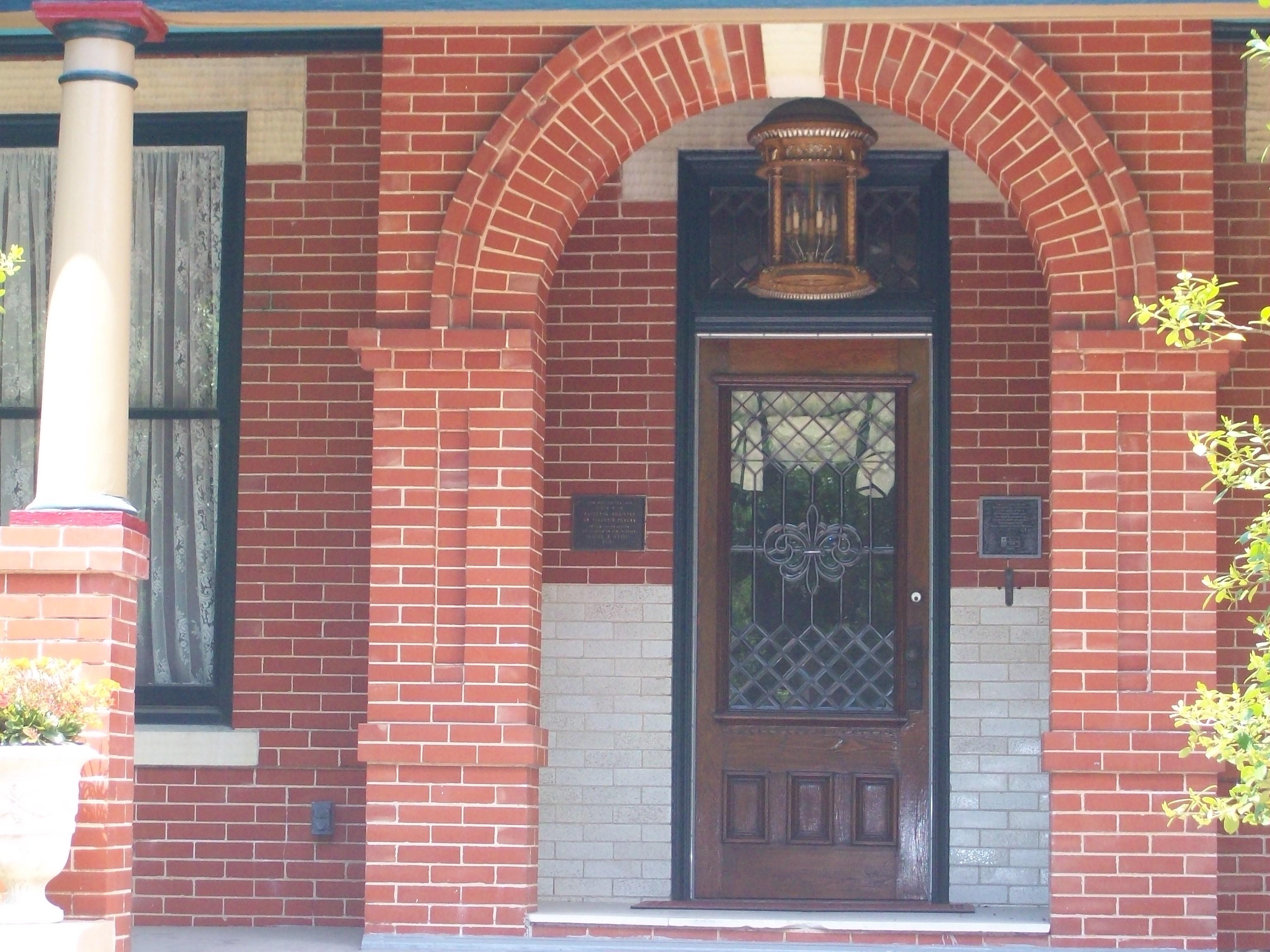 Exceptionnel File:Webber House Front Door (Houston, Texas).JPG