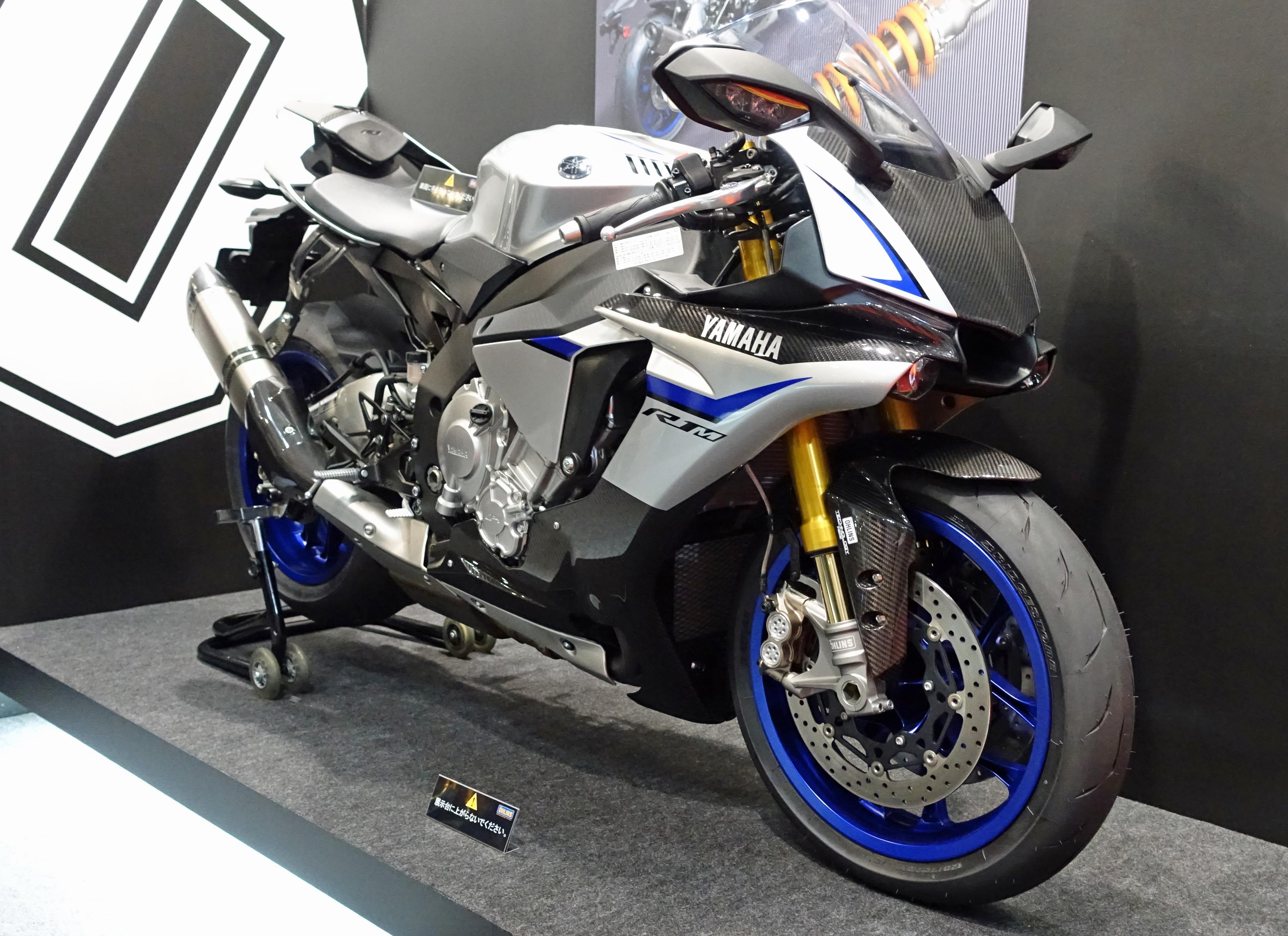 file yamaha yzf r1m at the tokyo motor show 2015 jpg wikimedia commons