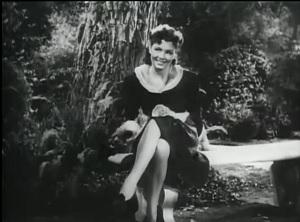 Yolande Donlan American actress (1920-2014)