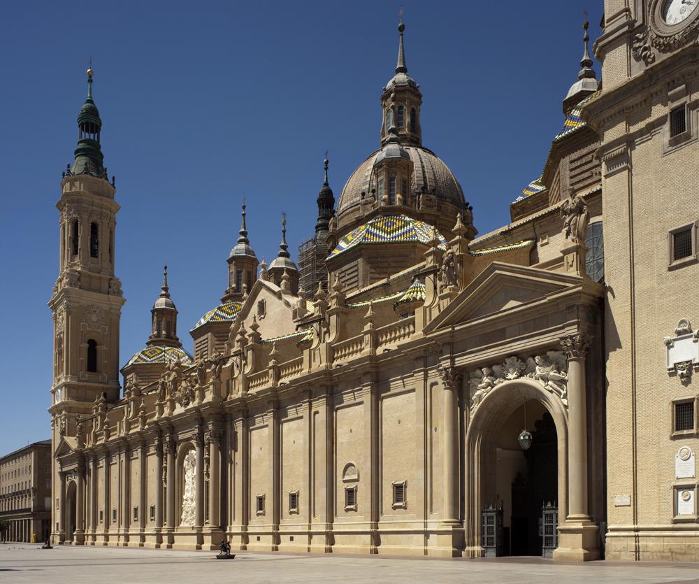 File:Zaragoza, La Basilica de Nuestra Señora del Pilar-PM 52852.jpg - Wikimed...