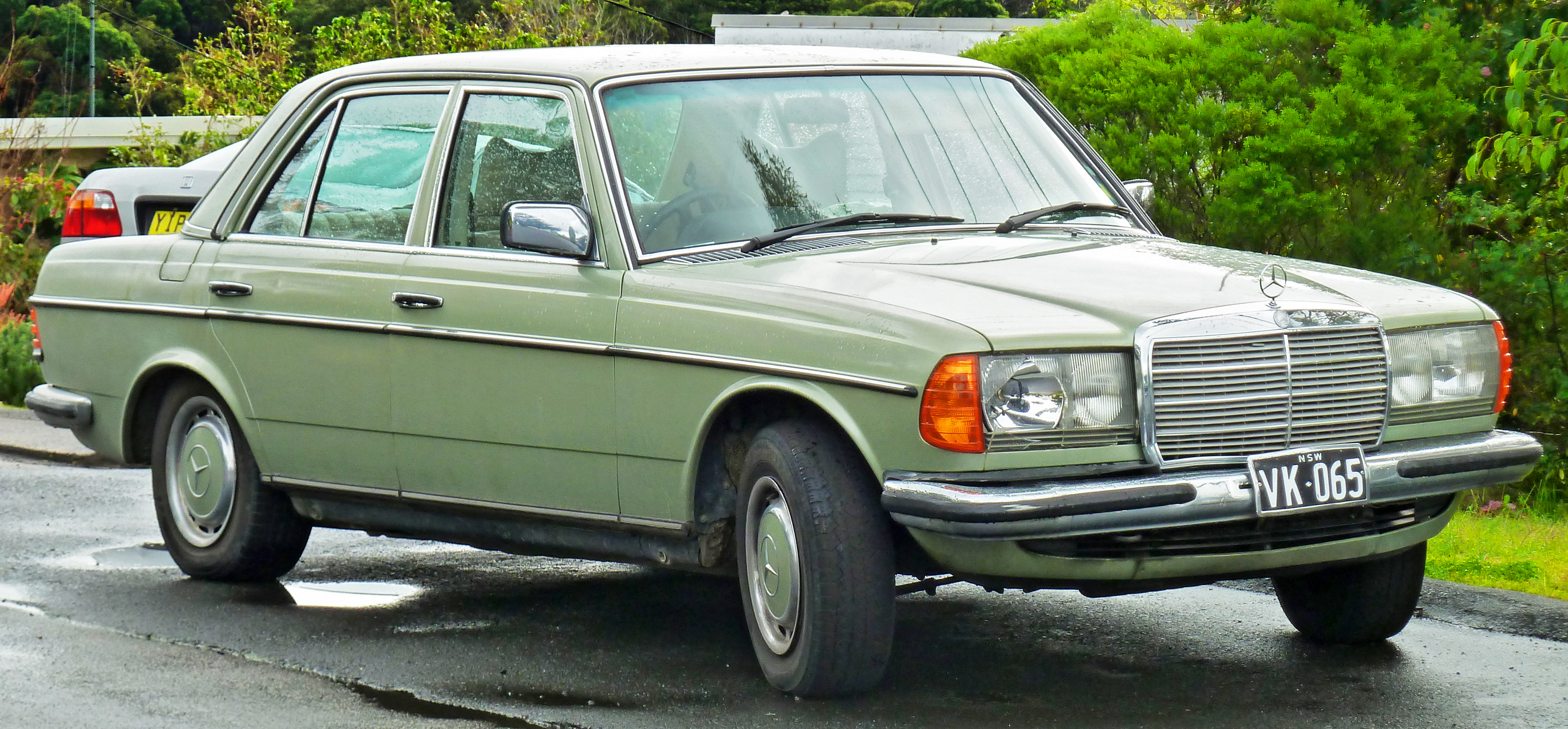 615dcb053a File 1976-1979 Mercedes-Benz 280 E (W123) sedan (2011-07-17) 01.jpg ...