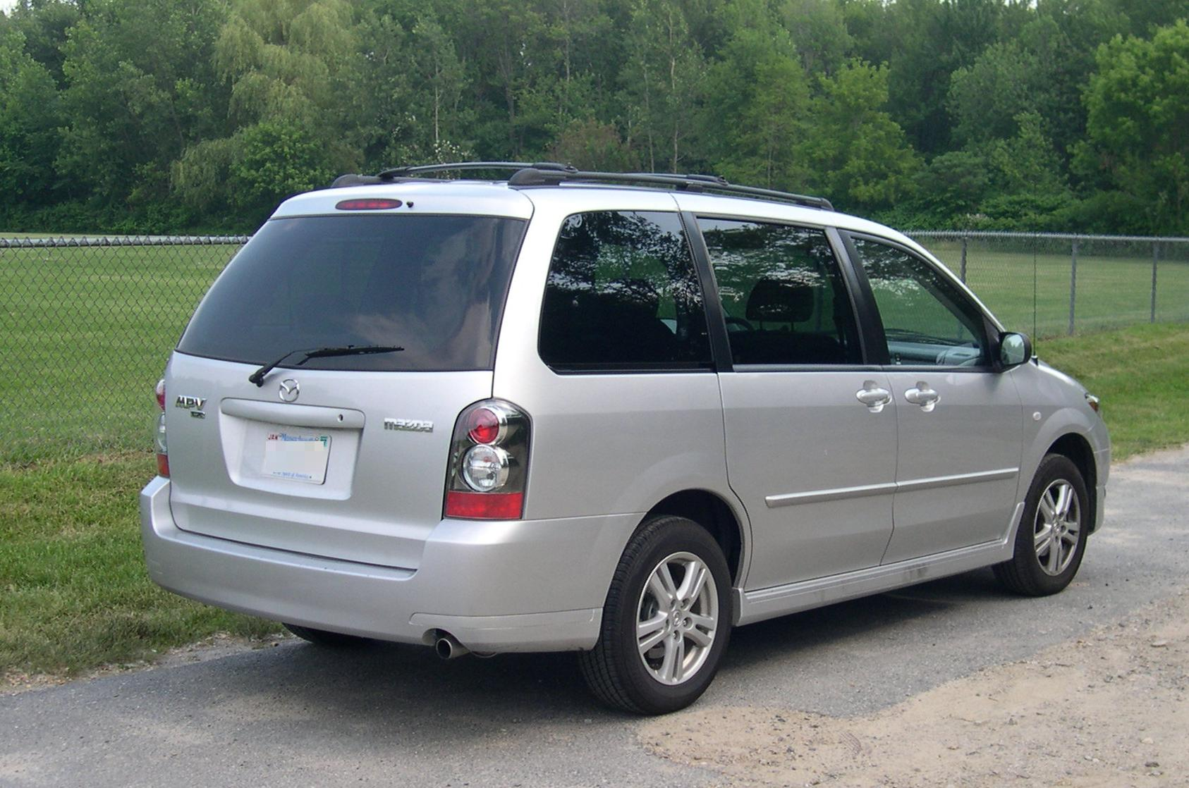 File 2005 Mazda Mpv Rear 34 Jpg Wikimedia Commons