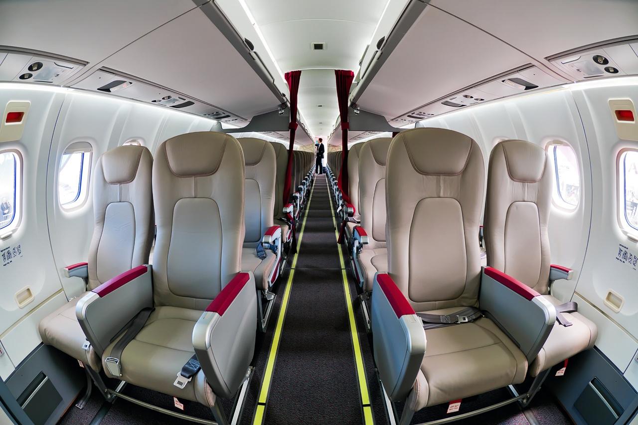 File:ATR ATR-72-600 (ATR-72-212A), Royal Air Maroc Express AN2088120 ...