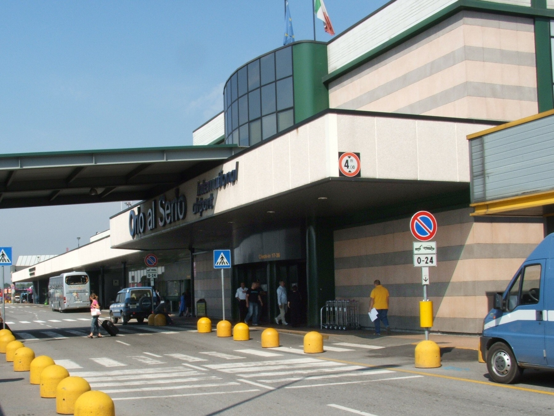 altamiro carrilho aeroporto bergamo - photo#1