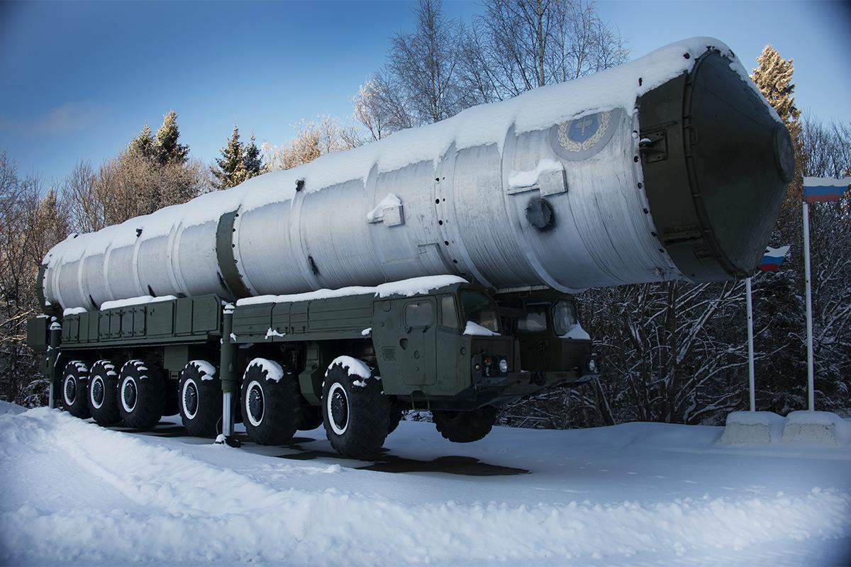 Transporter for 51T6 missiles