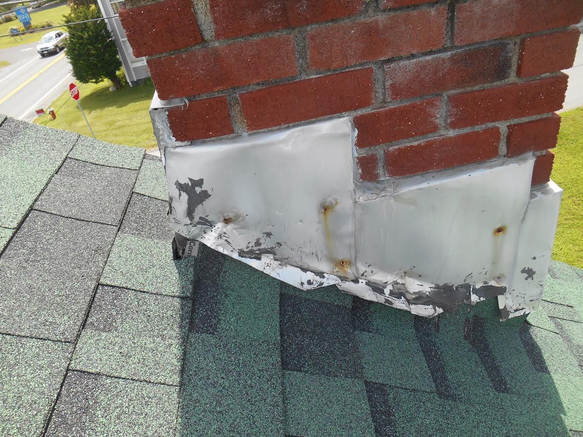 File:Bad chimney flashing.jpg - Wikimedia Commons