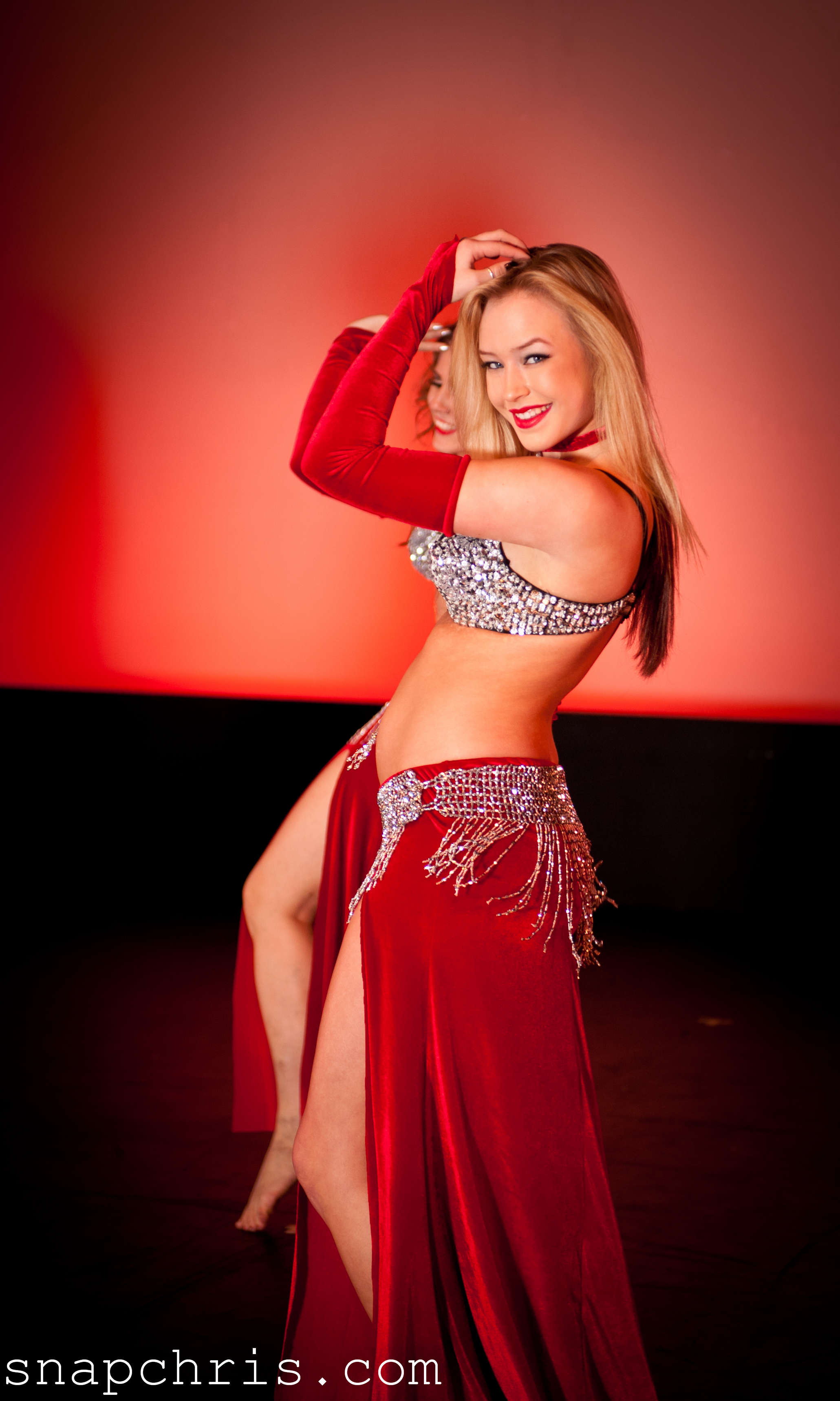 File:Belly dancer girl.jpg - Wikimedia Commons