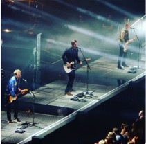 Busted performing in Glasgow during the Pigs Can Fly Tour