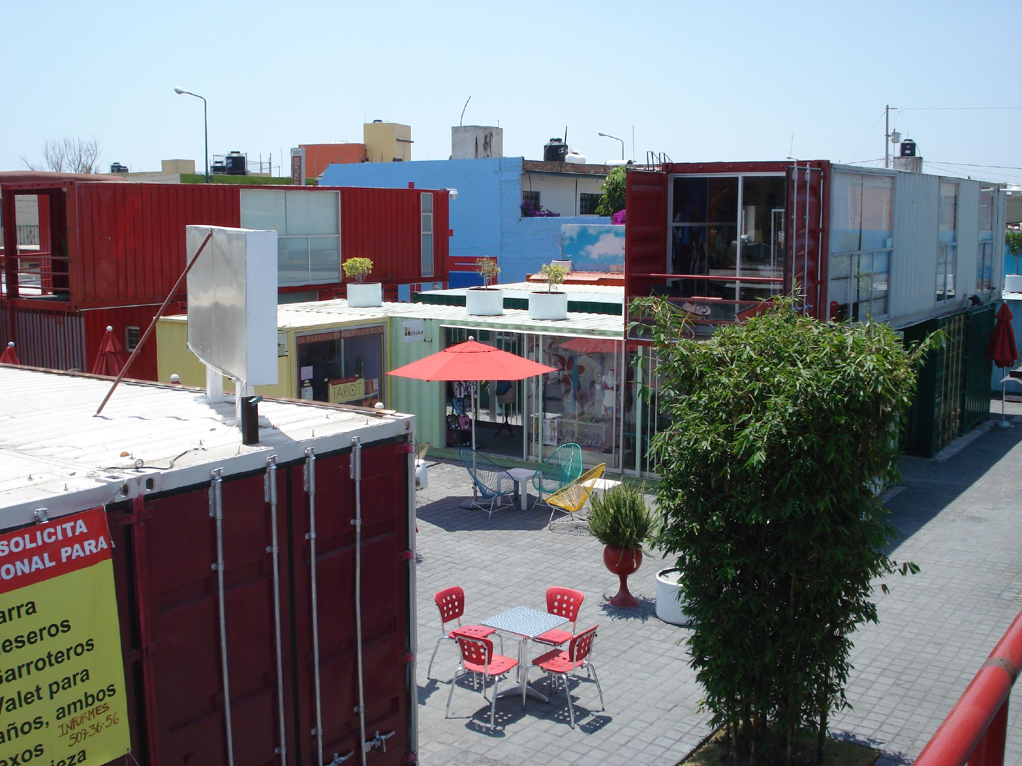 File cholula container wikimedia commons - Container homes london ...