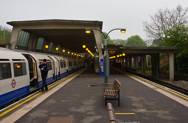 Cockfosters Station - geograph.org.uk - 1264182