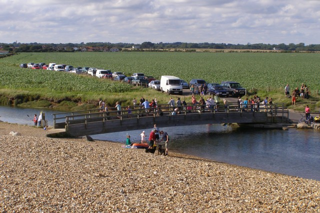 Crabbing on the bridge at the head of Mount Lake, Keyhaven - geograph.org.uk - 505145