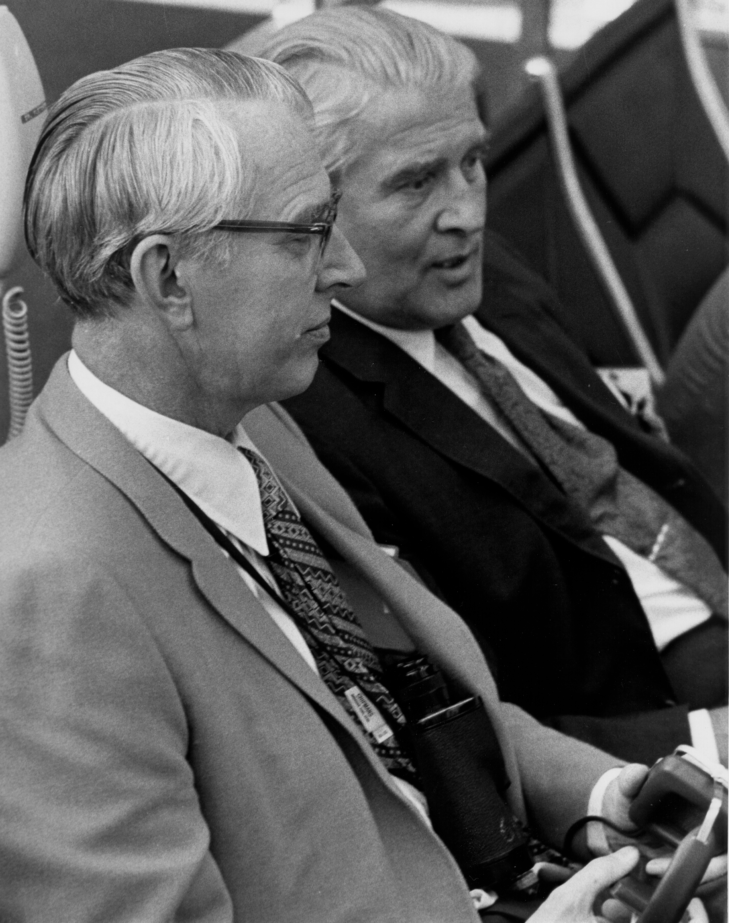 Fletcher_and_von_Braun_at_Apollo_15_launch_-_GPN-2000-001620.jpg