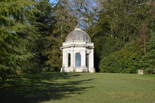 Grecian Temple, Dunorlan Park-geograph-4433334