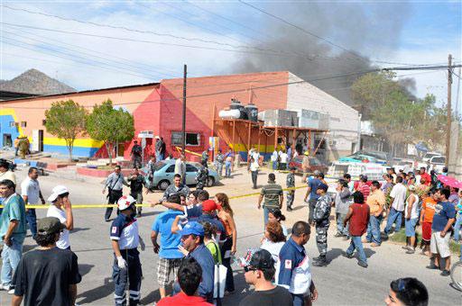 File:Guarderia-abc quemandose.jpg - Wikimedia Commons