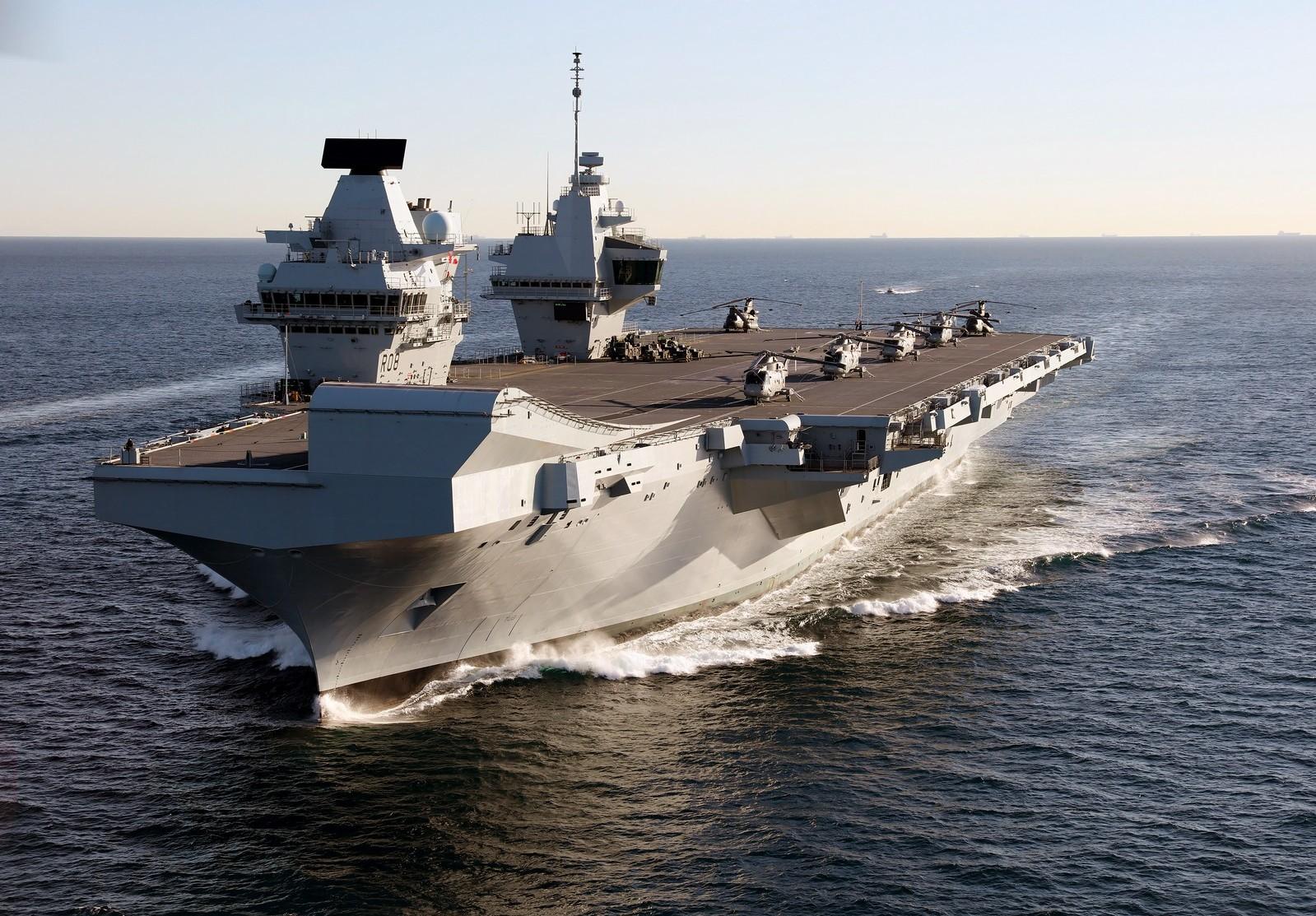 File:HMS Queen Elizabeth in Gibraltar - 2018 (28386226189).jpg - Wikimedia Commons