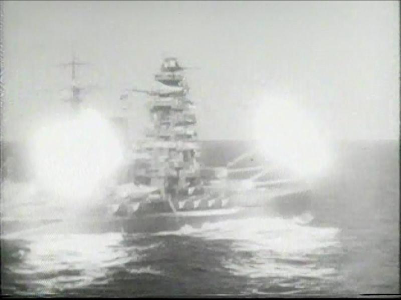 Japanese_battleship_Mutsu_1940_%2802%29_
