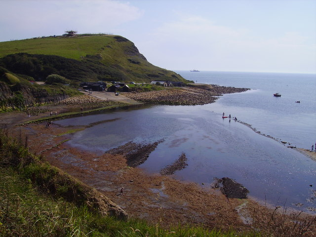 File:Kimmeridge Bay - geograph.org.uk - 579392.jpg