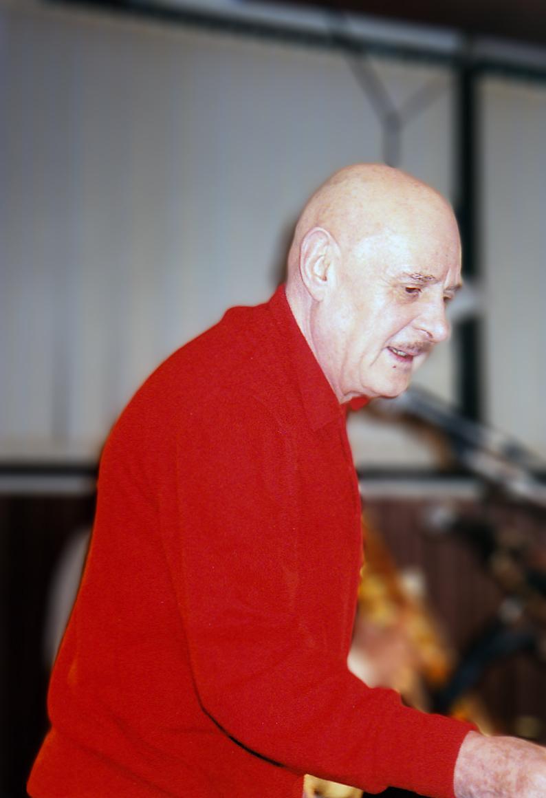 Le Professeur Choron en concert le 7 et le 8 décembre 1996, à la Maison de la culture Louis Aragon d'Hagondange, avec le groupe Tes Baisers ont le Goût de la mort. |  Photo : Wikimedia.