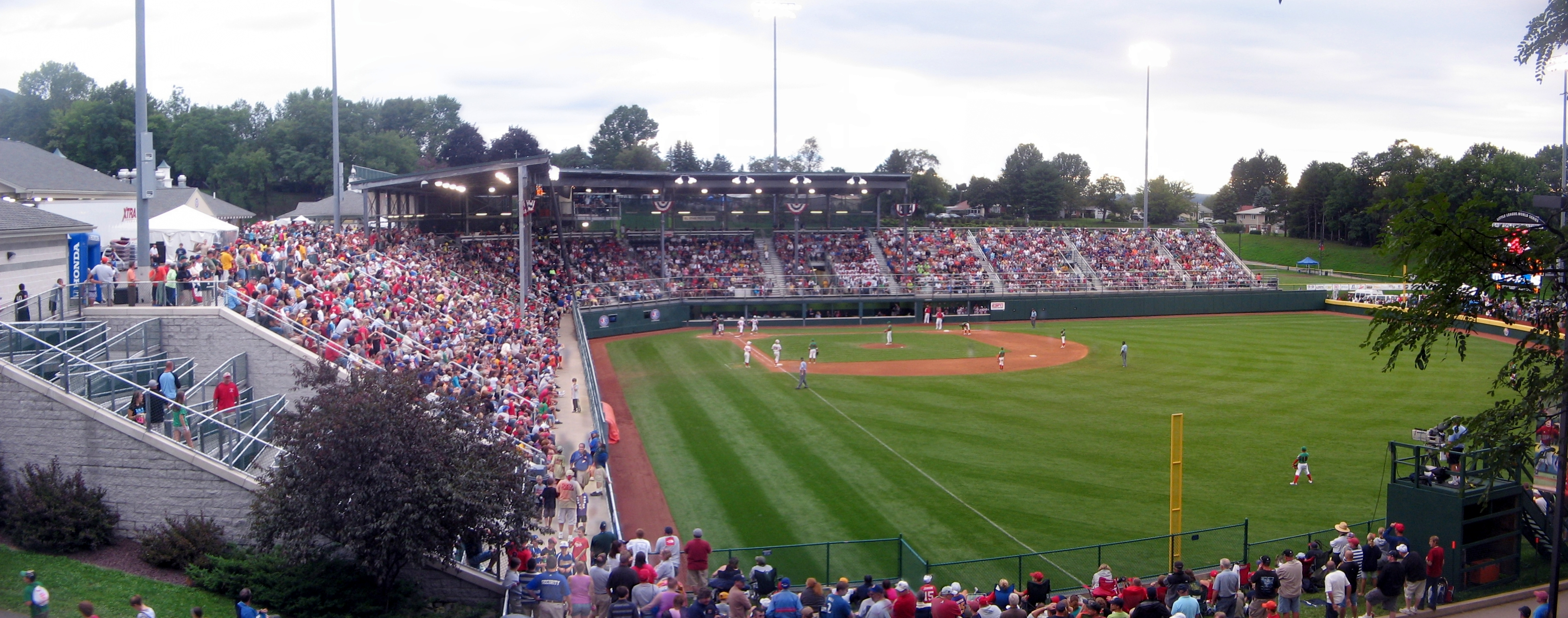 File:Little League Volunteer Stadium 1.jpg - Wikipedia ...