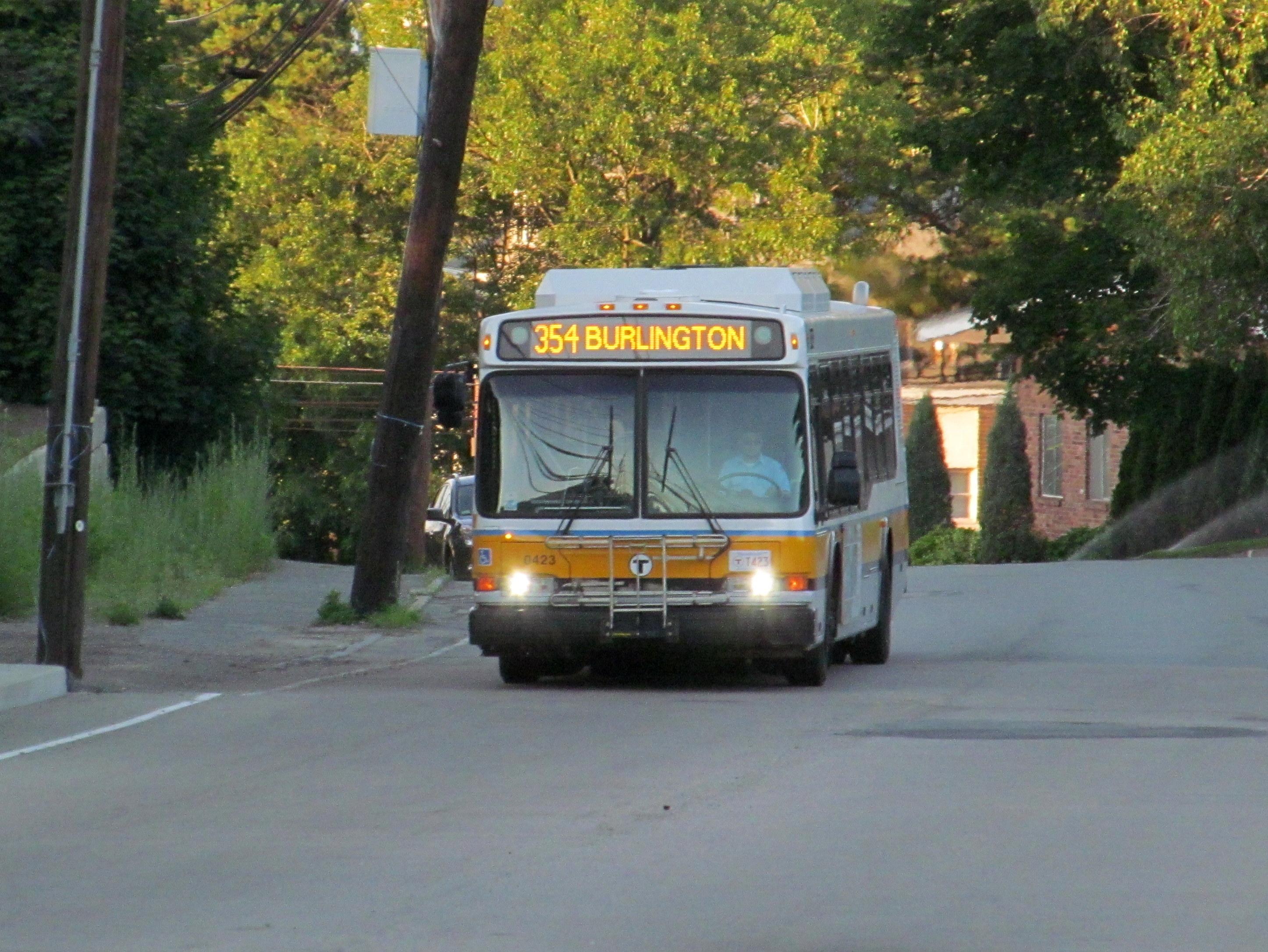 File Mbta Route 354 Bus On Salem Street June 2015 Jpg
