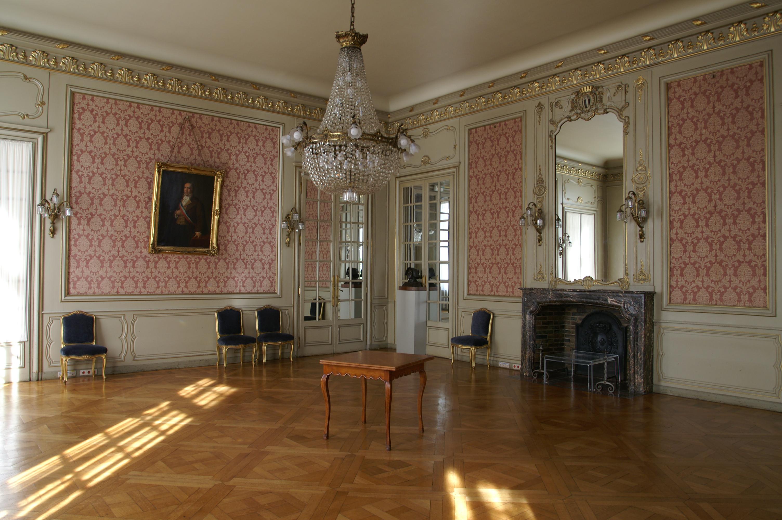 File mairie de rennes petit wikimedia commons for Mairie menetou salon