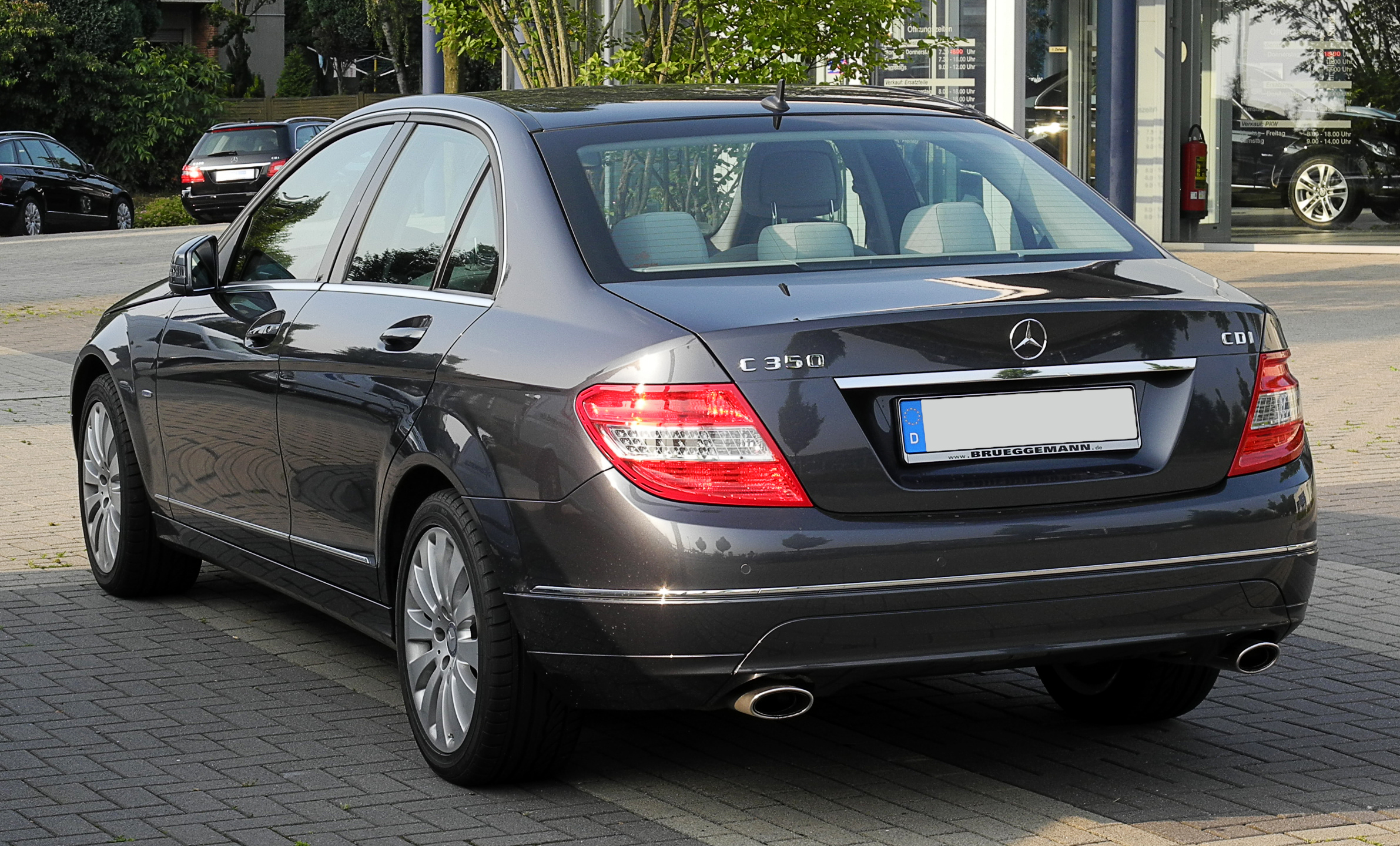file mercedes benz c 350 cdi blueefficiency elegance w 204 heckansicht 14 juni 2011. Black Bedroom Furniture Sets. Home Design Ideas
