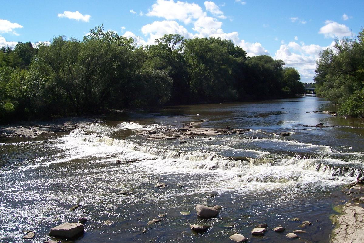 Milwaukee river wikipedia for Milwaukee river fishing