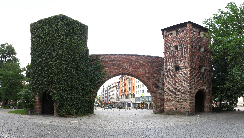 DateiMunich  Sendlinger Tor from SendlingerTorPlatz