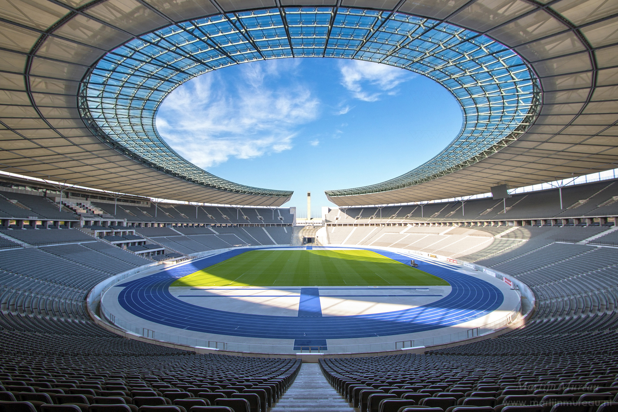 Olympiastadion stadium guide by Tablebox
