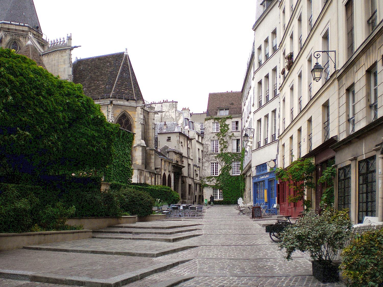 File P5090009 Paris Iv Rue Des Barres Reductwk Jpg Wikimedia Commons