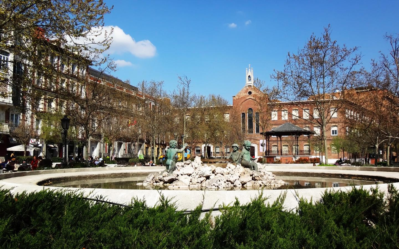 Plaza de chamber wikipedia la enciclopedia libre - Zona chamberi madrid ...